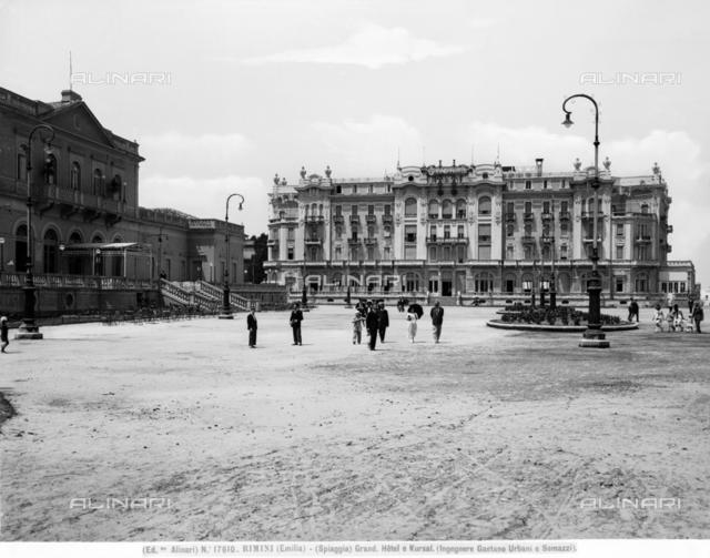 Rimini, beach, Grand Hotel and Kursal (Engineers Gaetano Urbani and Somazzi)