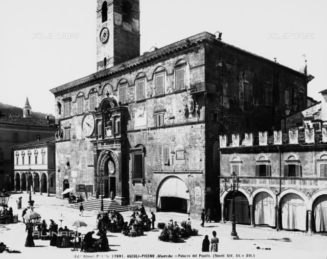 Palazzo del Popolo, Ascoli Piceno.