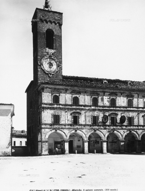 City Hall, Cingoli
