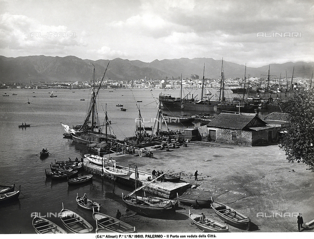 Panorama of the port of Palermo