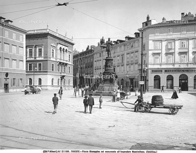 Monument to Emperor Maximilian, Piazza Venezia, formerly Piazza San Giuseppe, Trieste