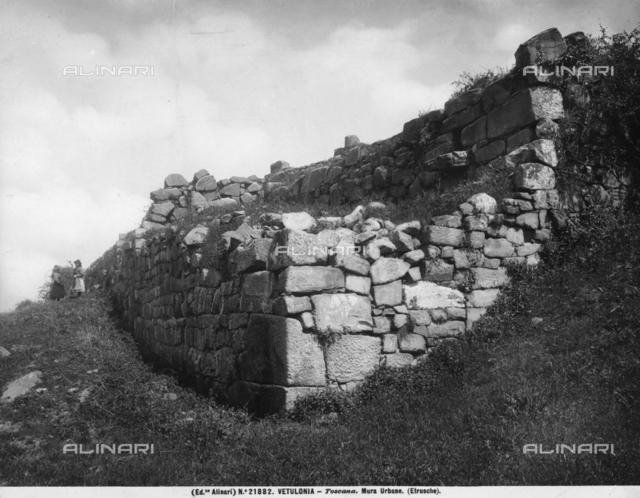 City wall, Vetulonia
