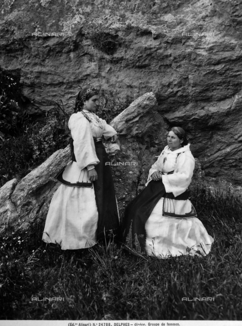 Portrait of two women dressed in the typical costume of Delfi.