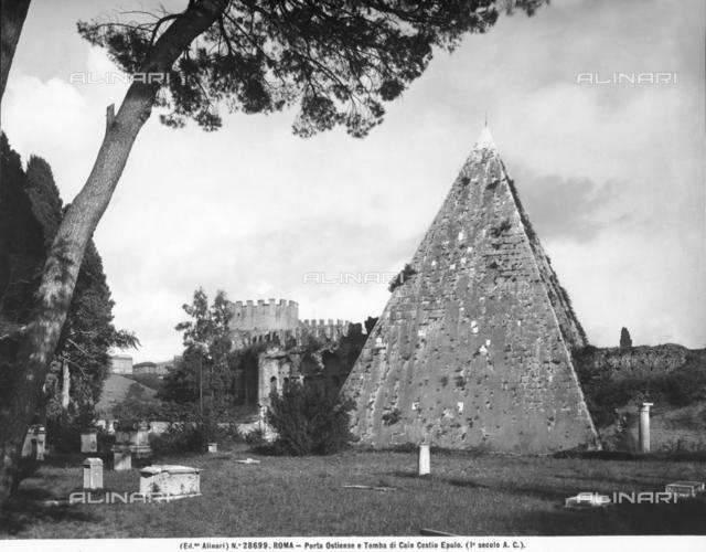 Caius Cestius Pyramid, Rome