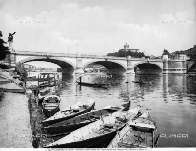 Umberto I Bridge , Turin.