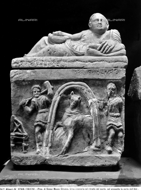 Etruscan urn with the portrait of the dead person, National Etruscan Museum, Chiusi.