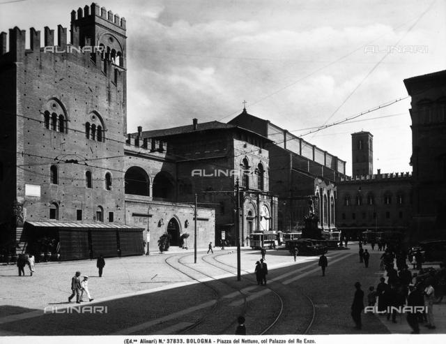 Palazzo of King Enzo, Bologna