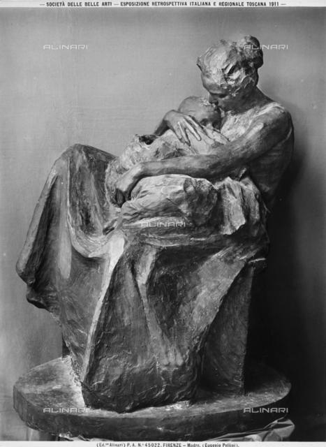 Mother, sculpture by Eugenio Pellini