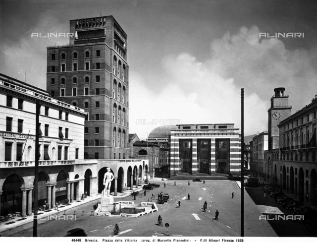 Mussolini Tower, Piazza della Vittoria, Brescia.