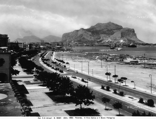 View of the Foro Italico facing the wide gulf of Palermo. Mount Pellegrino can be seen in the background