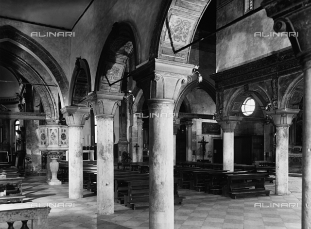 Church of San Giacomo dell'Orio, interior, Venice