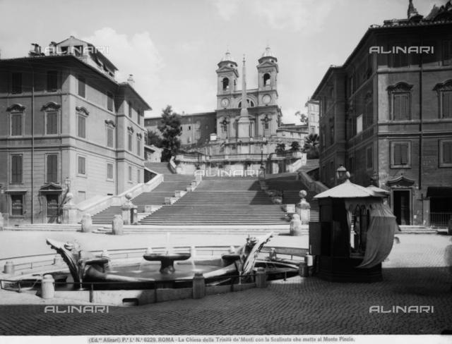 Barcaccia Fountain, Piazza di Spagna, Rome