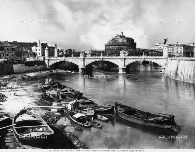 Victor Emanuel II Bridge, Rome