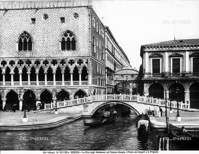 Ponte della Paglia, Venice