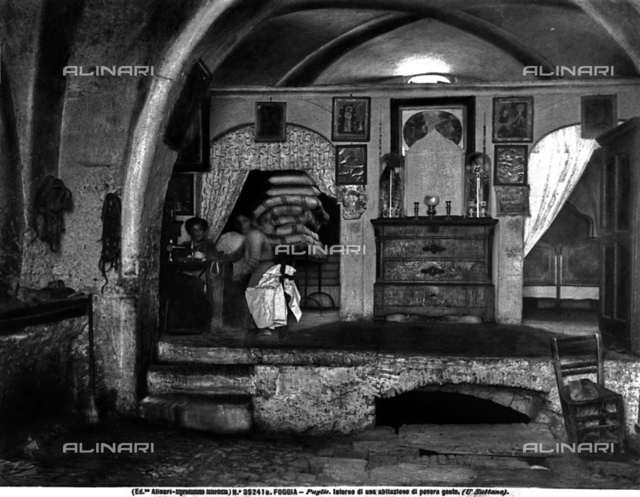 Interior of a home in the early 1900s in Foggia
