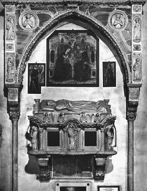 Tomb, cloister, Basilica di S. Antonio called as il Santo, Padua