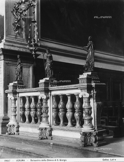 Balustrade with statues of saints, marble and bronze, Church of St. Giorgio in Braida, Verona