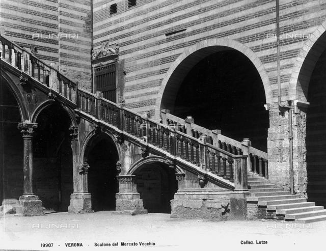 Staircase, Palazzo degli Scaligeri, Verona