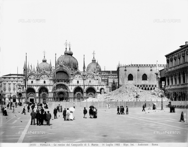 Faà§ade of St. Mark's Basilica, Venice