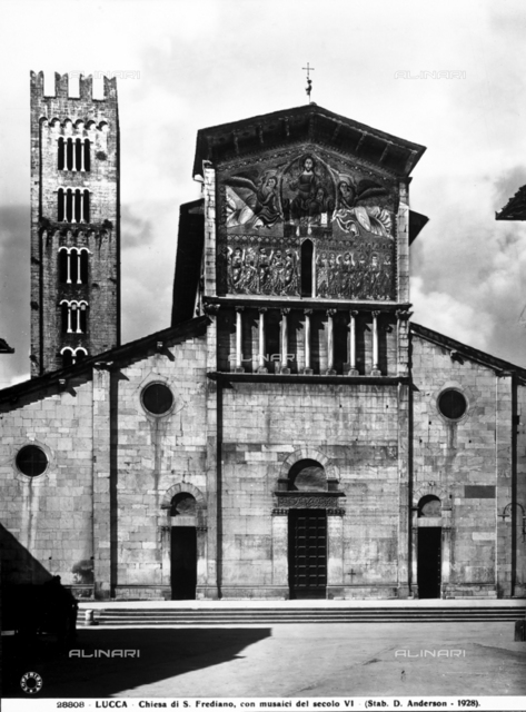Faà§ade of the Church of San Frediano, Lucca