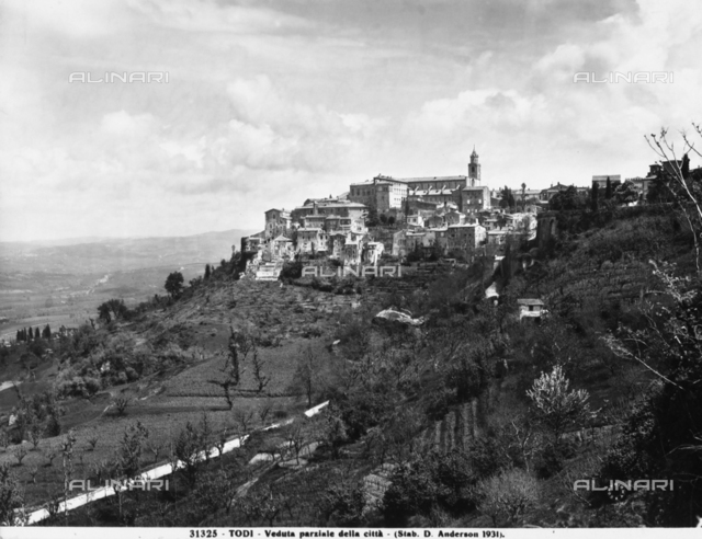 Panoramic view of the city of Todi