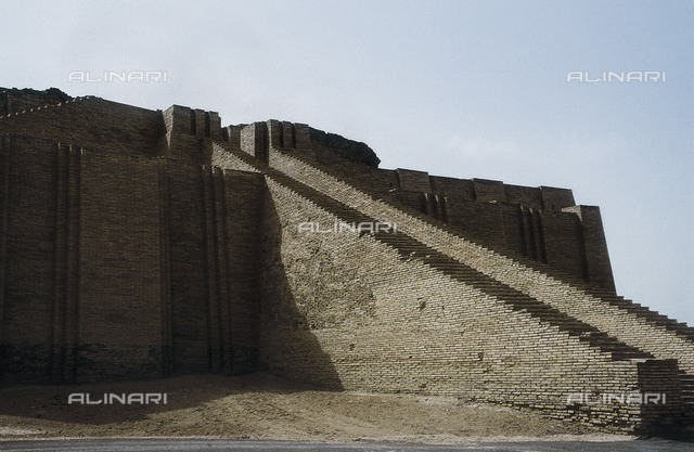 IRAQ. Ur. Great Ziggurat of Ur (21st c. BC). Sumerian art. Architecture.
