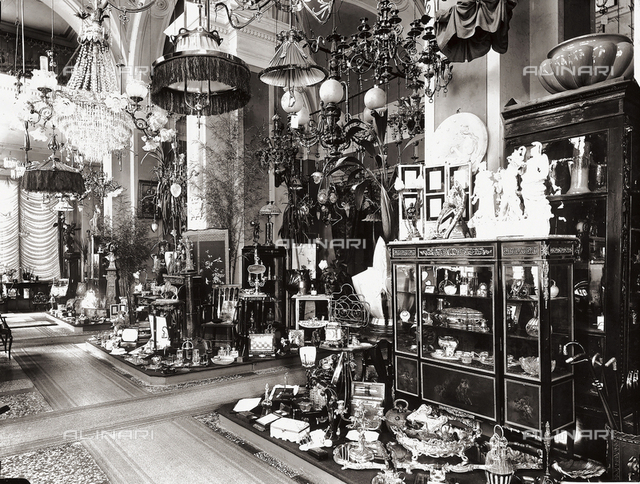 Interior of Pietro Botto's store in Via Strozzi, Florence, with its furniture and objects of art