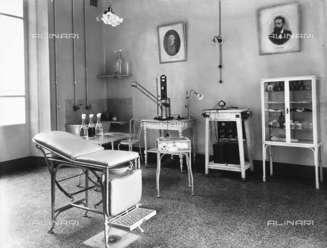 Physiotherapy surgery in the Pellizzari institute of Florence.