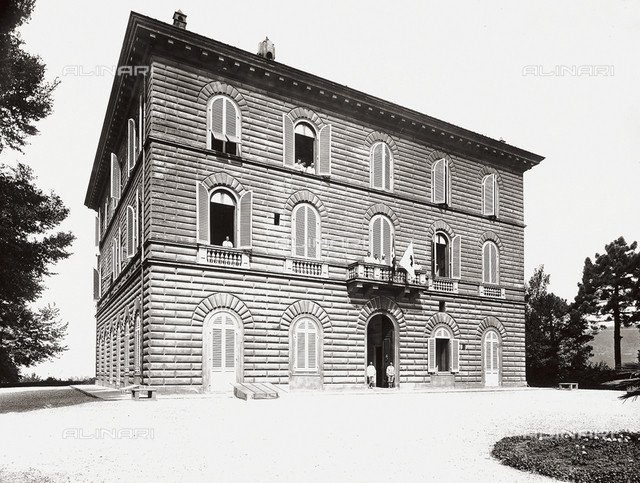 Hospital, former Villa Pisa in Fiesole: view from the outside