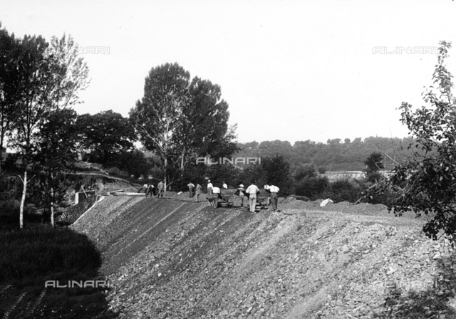 """""""Provincial Road Commission of Grosseto"""": work along the side of the road"""