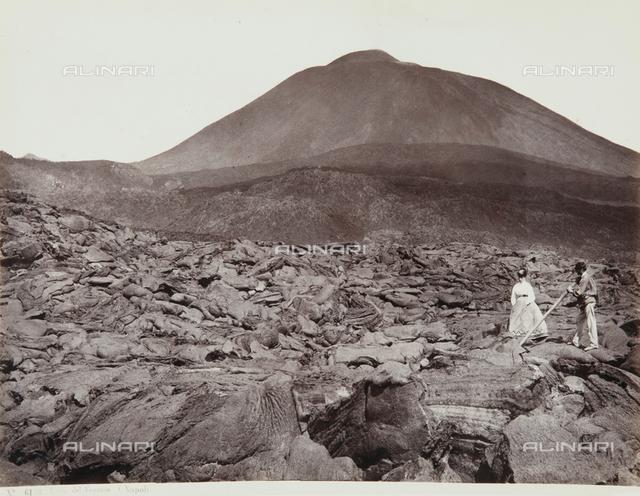 Walk on the lava of Vesuvius
