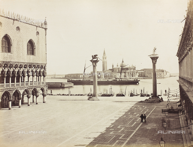 Animated view of the Piazzetta San Marco in Venice, bounded by the Palazzo Ducale and the Libreria Marciana; in the background, the Church of San Giorgio Maggiore