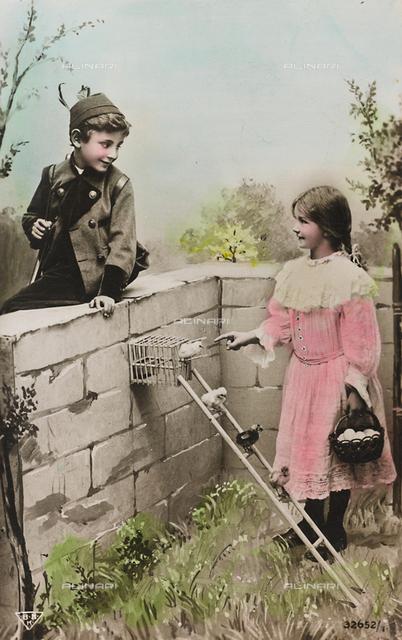 "Postcard, portrait of a couple of children in a garden with birds, ""Album para Tarjetas postales"""
