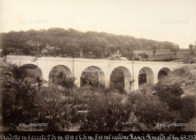 Viaduct of six arches (two 10 meters in height and four 8 meters in height) built over the deep valley of Ranci-Rinaldi on the Benevento-Campobasso railway line, at Km. 49+553.