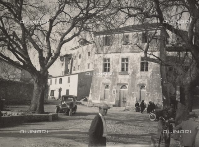 A building on the Istrian Peninsula, photographed during the period of Italy's reign in Istria