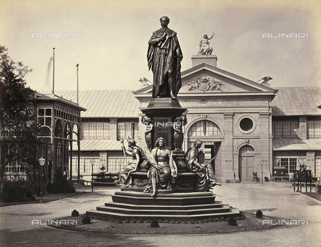 1873 Vienna World's Fair: Commemorative monument to Maximilian II of Baveria