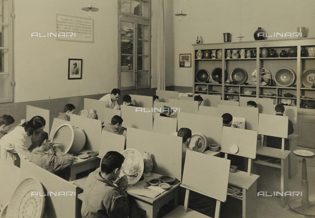 Young workers in the G.I.L. of Ravenna: ceramic workshop