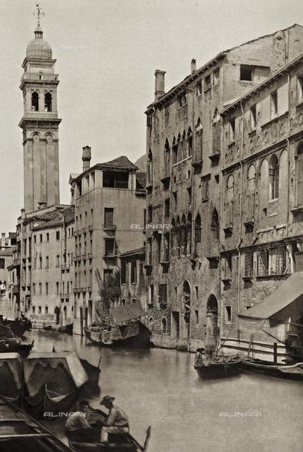 Animated view of Rio dei Greci in Venice, with the bell tower of the Church of San Giorgio dei Greci in the background