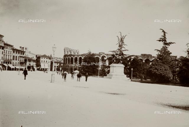 Piazza Bra (former Piazza Vittorio Emanuele), Verona