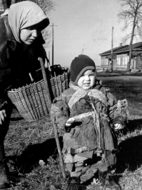 Portrait of a young mother and child, in the Russian city of Gomel.