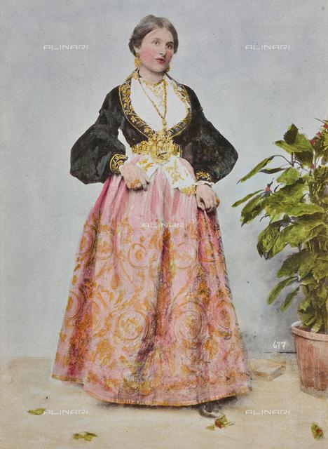 Costume competition: woman wearing a traditional costume of Piana dei Greci, today's Piana degli Albanesi