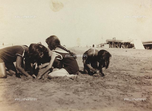 Children playing on the beach in Viareggio