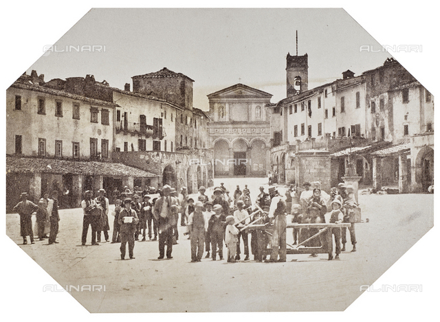Group portrait in Piazza Umberto I, now Piazza Matteotti, Greve in Chianti