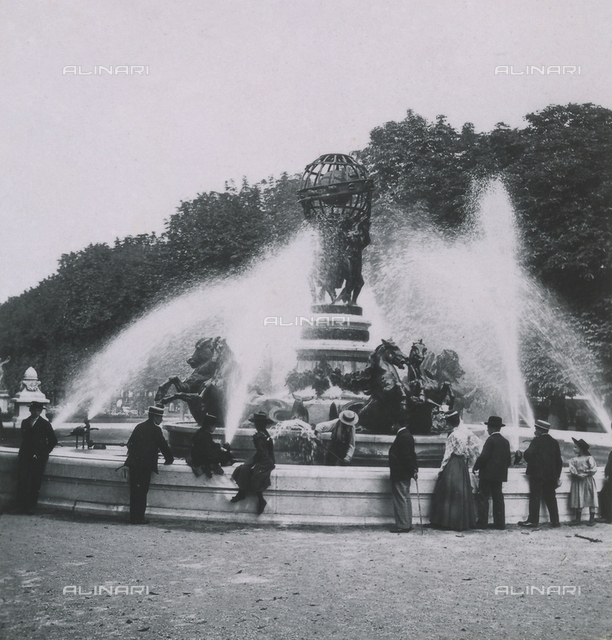Memories of the trip to Paris 1900: fountain on the park of Versailles