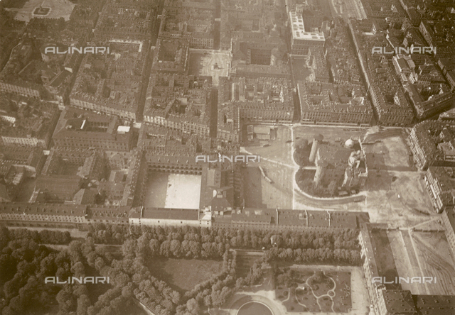 Aerial view of Turin from an M5: the Piazza Castello