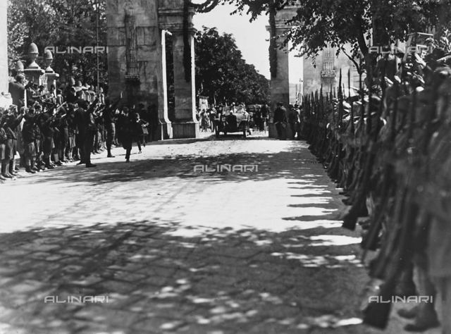 Entrance of H.R.H. the Prince Humbert of Savoy to the city of Salsomaggiore, during his visit 3 July 1927