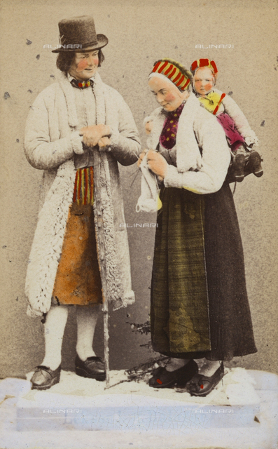 Portrait of people in traditional Norwegian costume