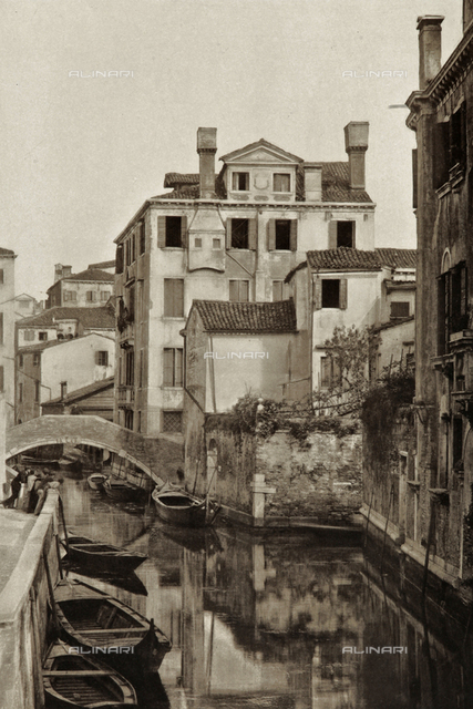 Animated view of Rio San Felice in Venice