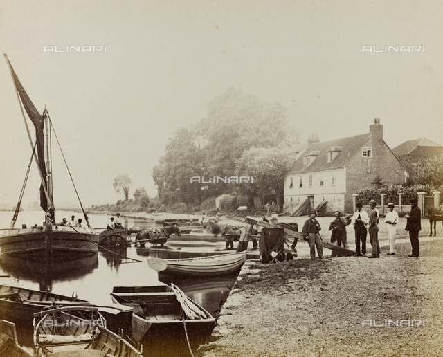 """Album """"Photographs of the Thames"""": boats on the Thames"""