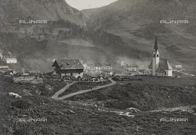 "Album ""Visions of War 1915-1918"": View of a mountain village at the end of the First World War"